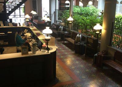 Memory at on on: il più antico Hotel di Phuket Town: dettaglio Reception