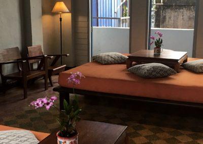 Memory at on on: il più antico Hotel di Phuket Town: dettaglio salottino